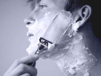 Como fazer a lâmina de barba durar mais - Homem No Espelho