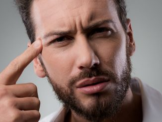 Homem No Espelho - Como cuidar da pele masculina depois dos 30 anos
